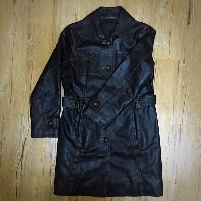 皮革長大衣