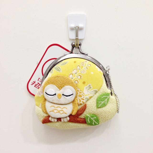 全新 日本招運零錢包 黃色貓頭鷹