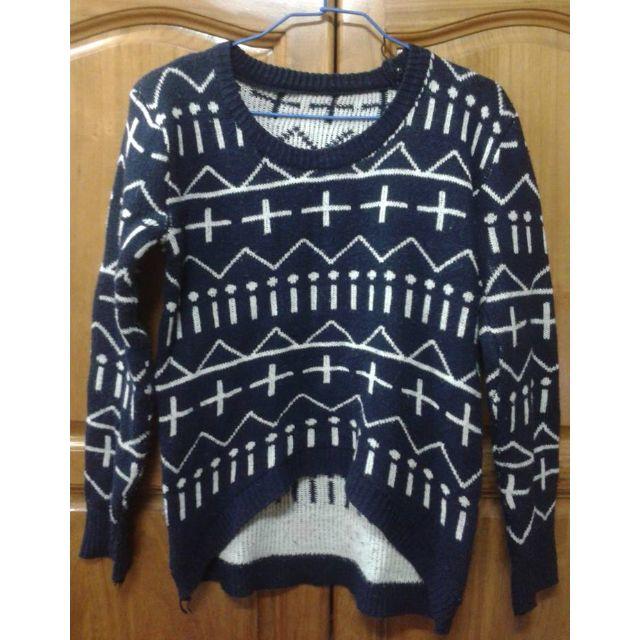 (降價喽) 幾何圖騰 前短後長毛衣 深藍 便宜售出