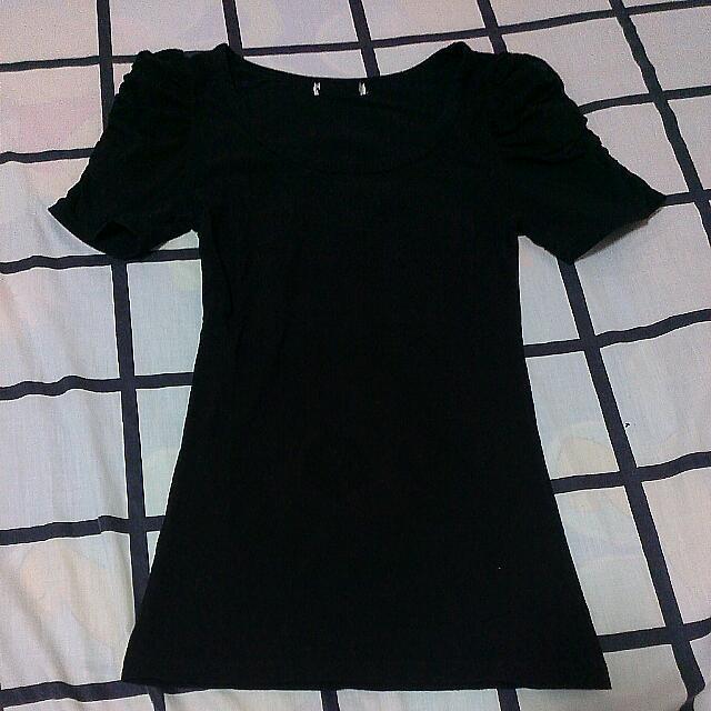 Black Puff Sleeve Top