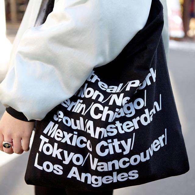 b55e1c7b6a4 INSTOCK American Apparel Cities Tote Bag (Black), Women's Fashion on  Carousell