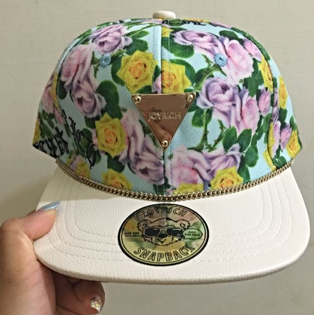 Joy rich 🌸 花花皮革棒球帽