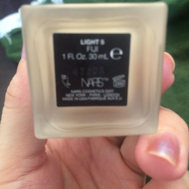 降。NARS2裸光奇肌粉底液 Fiji light5