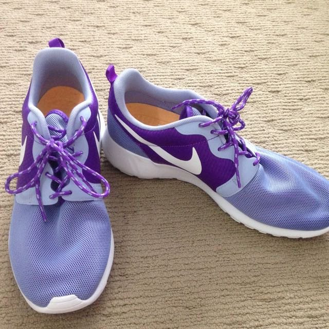 Nike Purple Roshe
