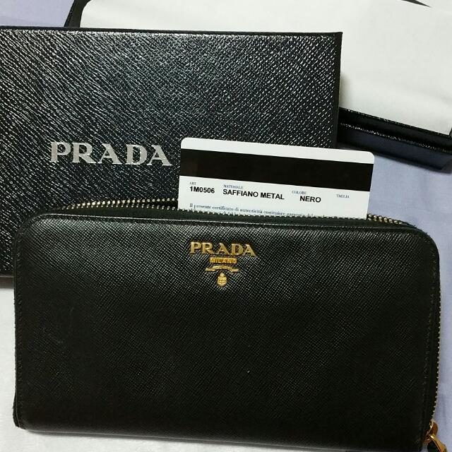 0c57d16fd7a4b8 PRADA Prada SAFFIANO METAL wallet 1m0506 Leather black /NERO, Luxury on  Carousell