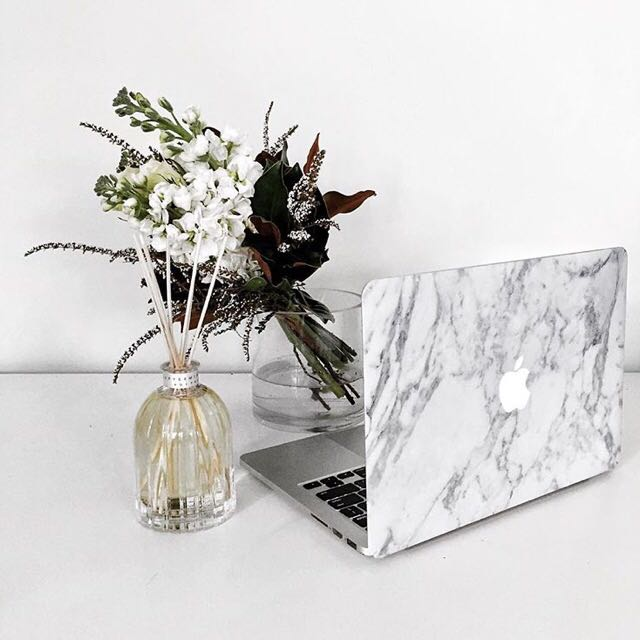 White Marble Skin for Macbooks