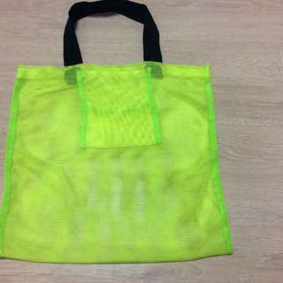 網狀螢光綠手提包