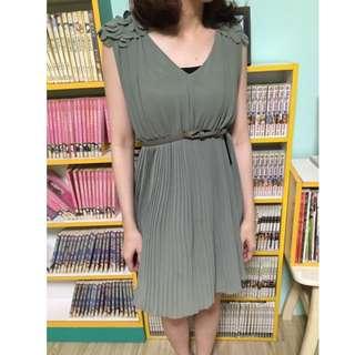 50% 綠色小洋裝