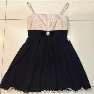 百貨專櫃NR粉色毛呢下擺黑色雪紡紗蕾絲高腰細肩帶洋裝