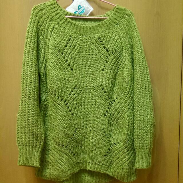 橄欖綠針織毛衣