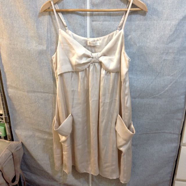 net香檳金色緞面小洋裝