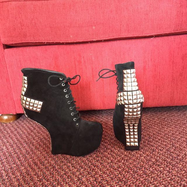 ROC shoes