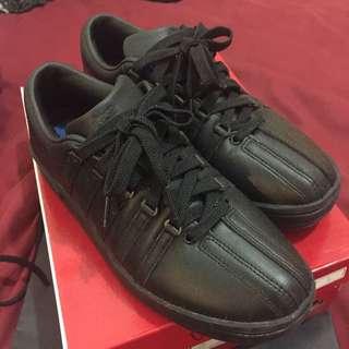 ❗️特價出清❗️K-Swiss 黑色 休閒鞋(9.5成新✨)