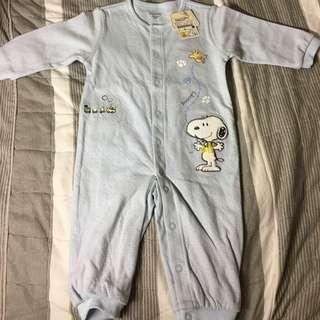 全新、正品Snoppy Baby Boy 長袖兔裝  6M/70公分 550元(吊牌未剪,原價:1080元)
