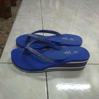 藍色水鑽厚底拖鞋