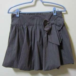 綢緞面燈籠裙
