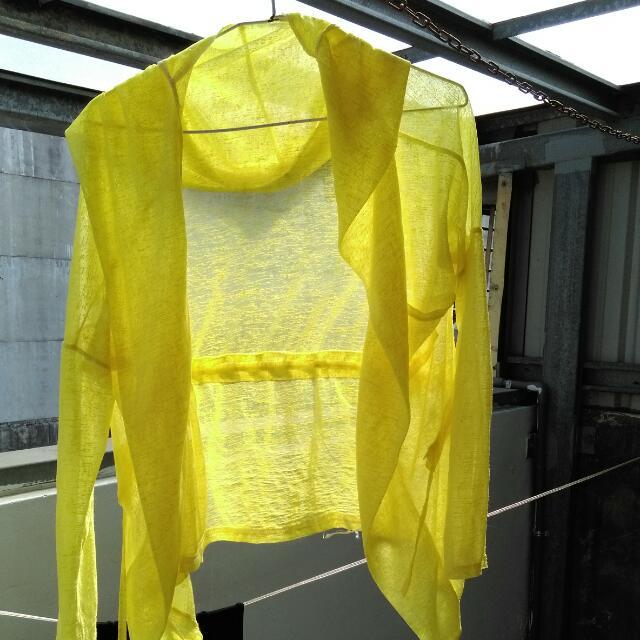 黃色小罩衫