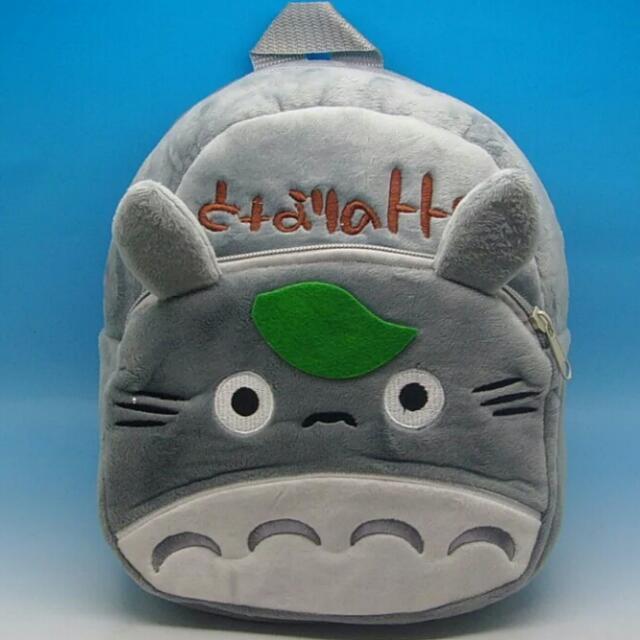《親親小兔的衣櫃子》龍貓幼兒背包/書包