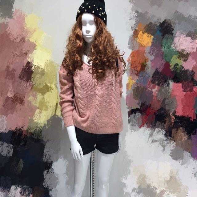 日本🇯🇵東京新宿購入針織上衣粉色毛衣