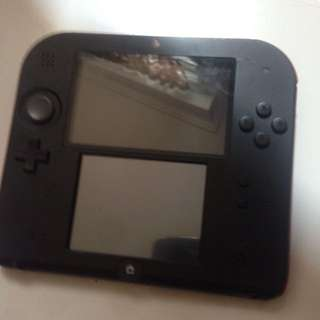 Red 2DS almost brand new