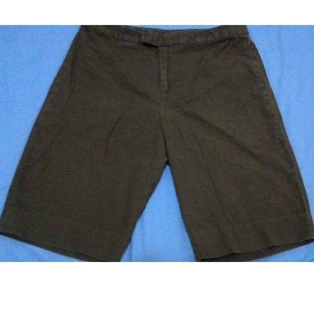 七成新 GAP深咖啡 五分短褲 顯瘦 有型 小版男裝