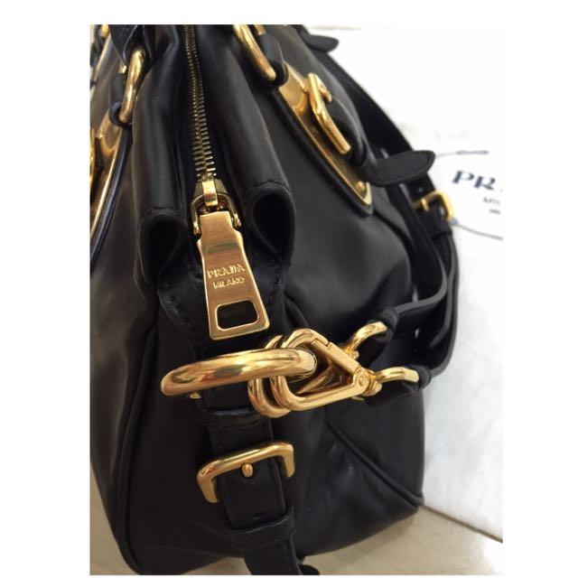 e723dfeb4b2a Authentic Prada Bauletto Soft Calf in Black BN1903, Women's Fashion on  Carousell