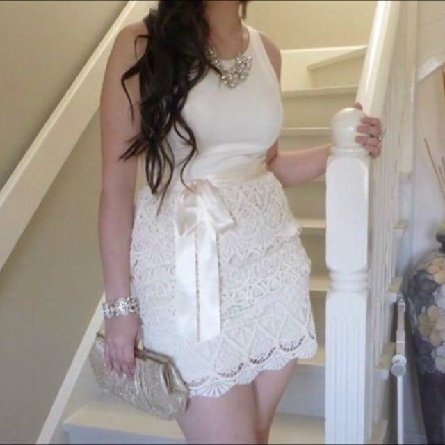 Forever New • Crochet Dress