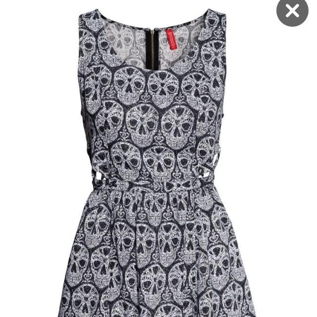 0bcdf0a7d0d0 H&M Skull Dress, Women's Fashion on Carousell