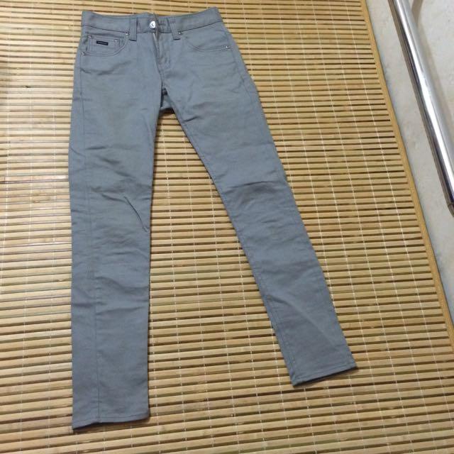 UPSET COMPANY 窄管褲 灰色 (九成九新)
