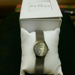 S K A G E N水鑽錶