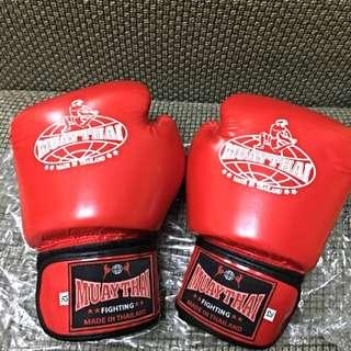 全新拳擊手套👊🏻