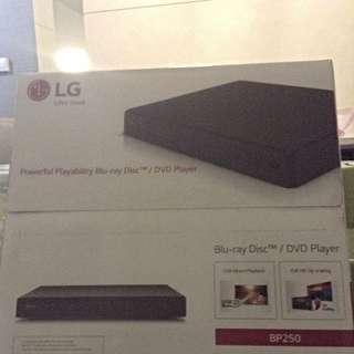 LG Blu-Ray Disc / DVD Player BP 250
