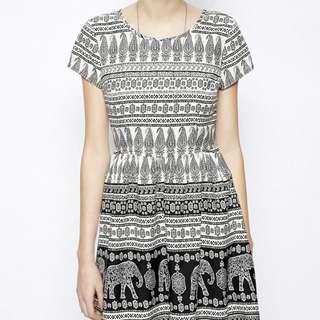 New Look Petite Elephant Print Waisted Dress