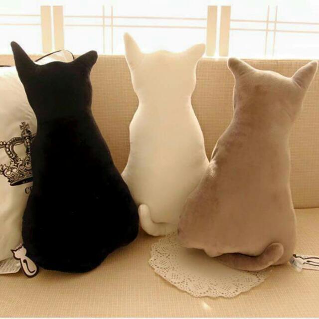 日本創意貓背影抱枕
