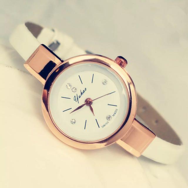 韓式細錶帶時尚錶面小水鑽女錶