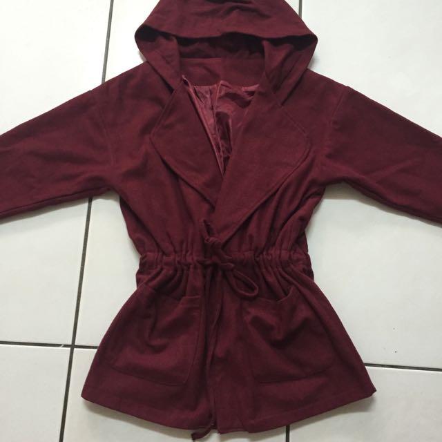 酒紅色縮腰長版外套