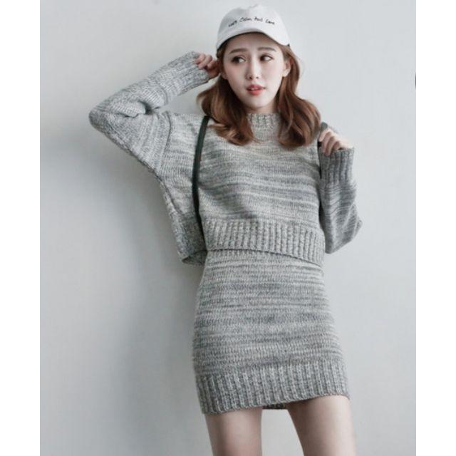 (全新)兩件式-混色針織上衣+短裙