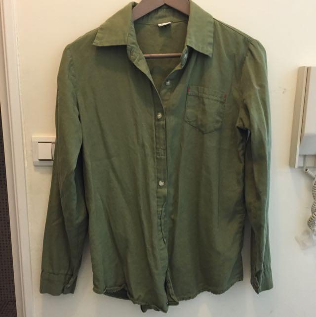 橄欖綠水洗棉襯衫