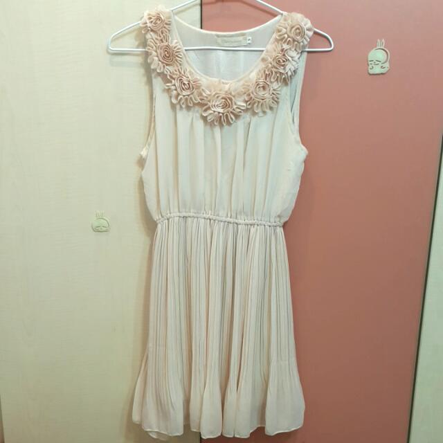 裸粉洋裝 (全新)