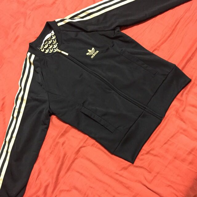 Adidas愛迪達運動外套