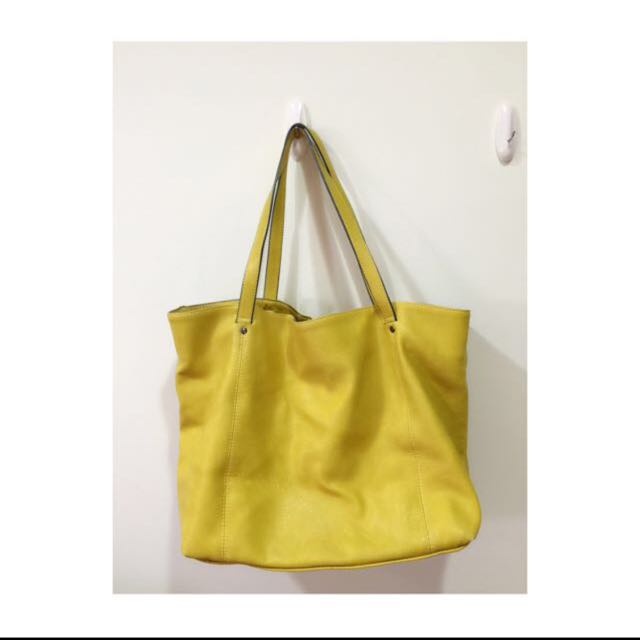 📢「大特價」Zara 超輕拖特包  黃色