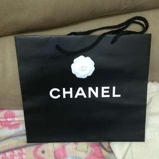 法國巴黎購物香奈兒紙袋