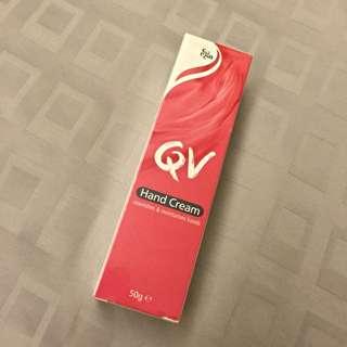 QV 抗敏加護玉手霜