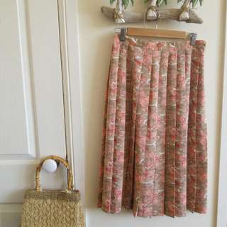 Vintage style long box skirt || Honor Millburn at EWM || size 12 ~ fit a 10 or 12