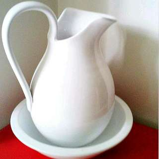 White Water Jug And Bowl