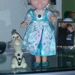 ELSA AND HER SIDE KICK OLAF