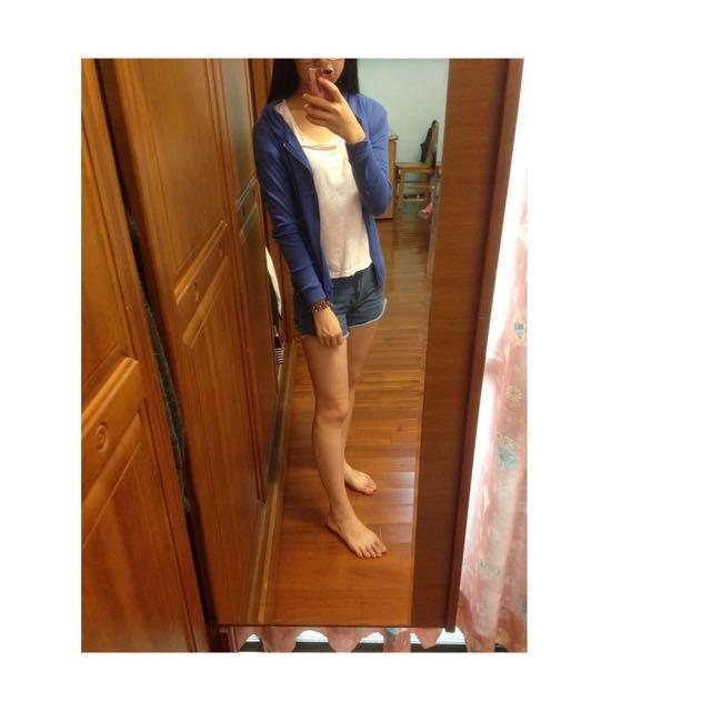 藍色遮陽外套