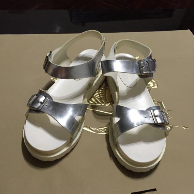韓版涼鞋(含運)