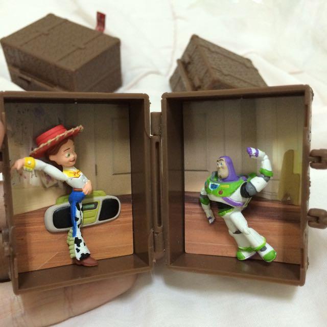 迪士尼 扭蛋 場景旅行箱 零售