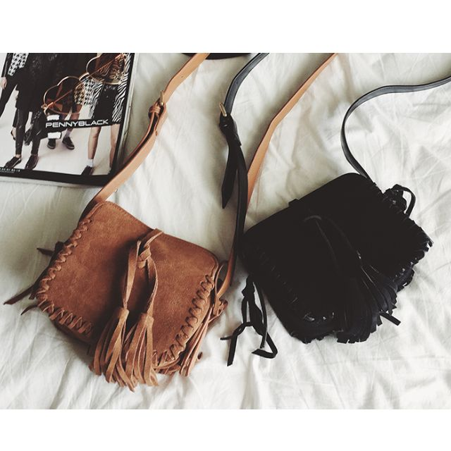 ◆Hasna◆波西米亞風流蘇墜飾編織牛皮單肩小方包 (棕/黑) 二色